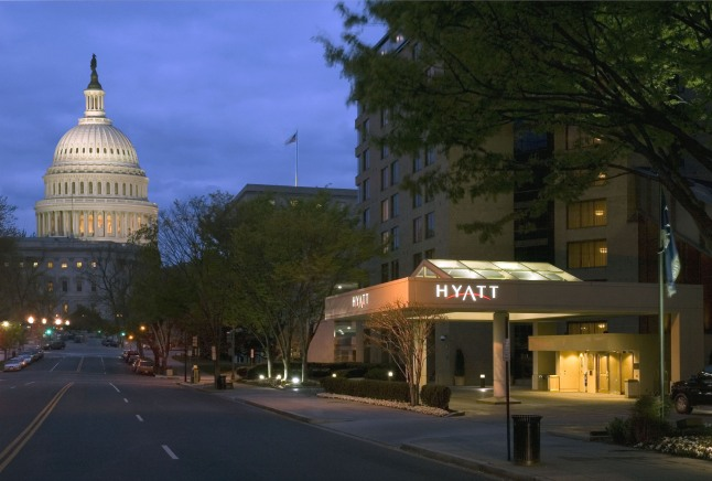 With its prime Capitol Hill location, Hyatt Regency Washington offers front row access to the nation's capitol building and inauguration site, deluxe accommodations, special rates and new packages for travelers eager to experience the destination and historic weekend events.  (PRNewsFoto/Hyatt Regency Washington)