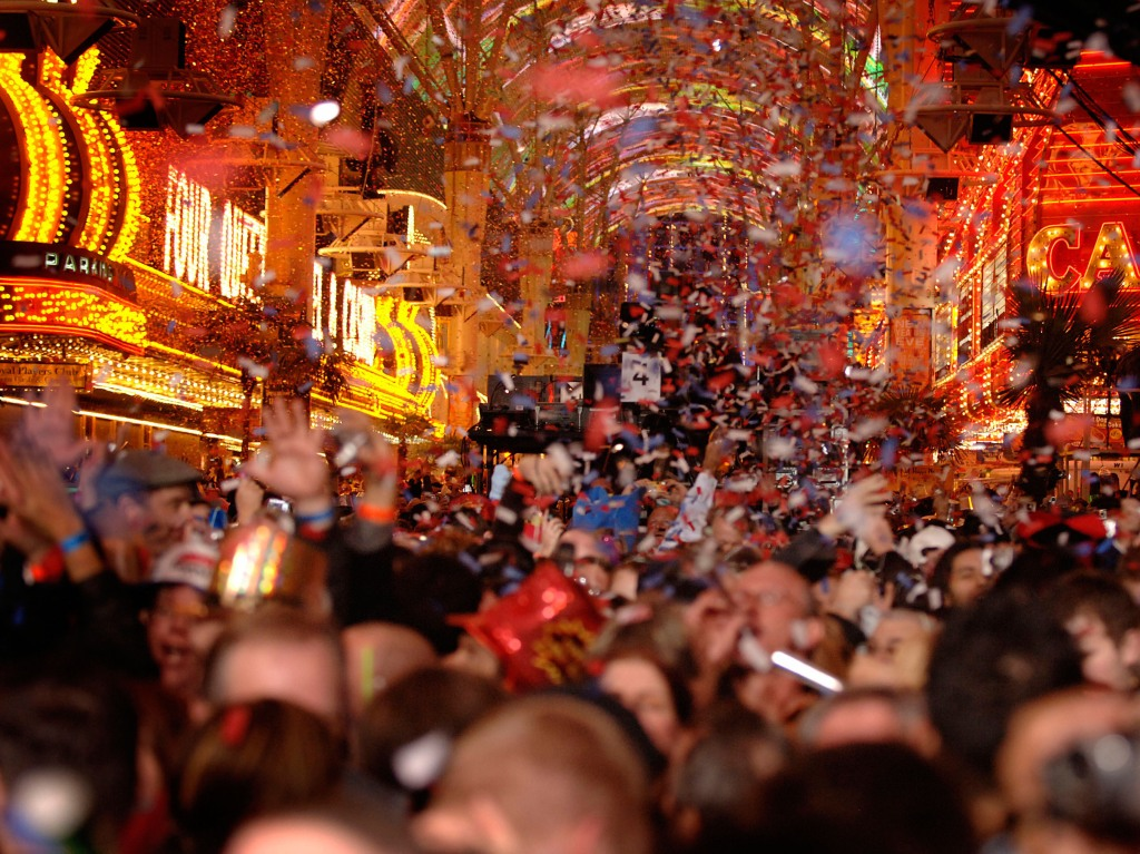 FREMONT STREET EXPERIENCE TO ROCK IN THE NEW YEAR WITH DOWNTOWN