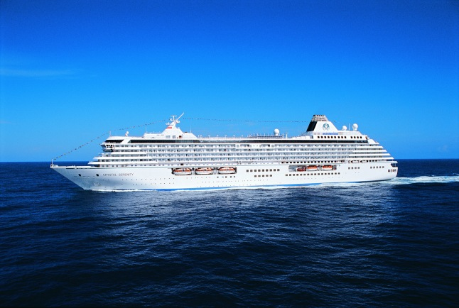 Crystal Serenity at Sea (Courtesy: Crystal Cruises Media)