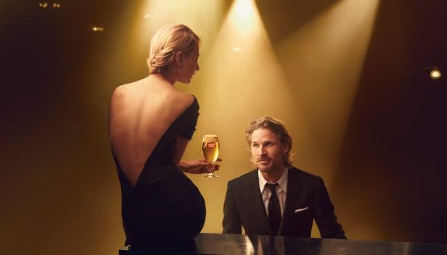 "Stella Artois ""Timeless Beauty"" Campaign Shot by ANNIE LEIBOVITZ (Courtesy: Stella Artois)"