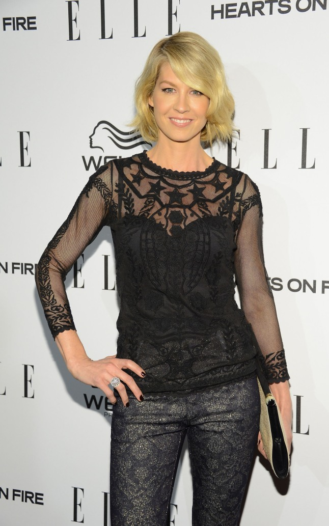 Jenna Elfman, star of the new show 1600 Penn and famous actress of many other television hit series shows off her Hearts On Fire diamond ring at the ELLE Magazine Women in Television Dinner in Los Angeles.  (PRNewsFoto/Hearts On Fire)