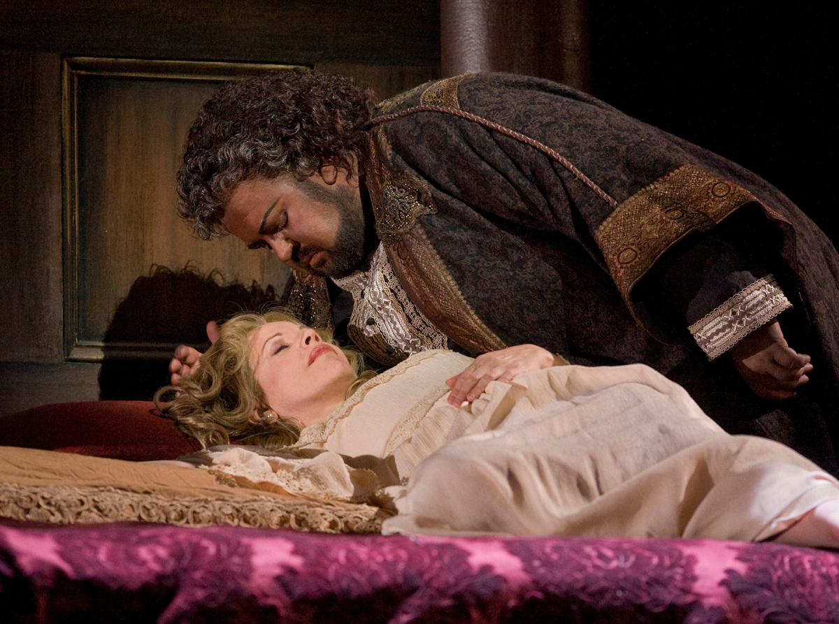 "Renée Fleming as Desdemona and Johan Botha in the title role of Verdi's ""Otello.""Photo: Ken Howard/Metropolitan Opera"