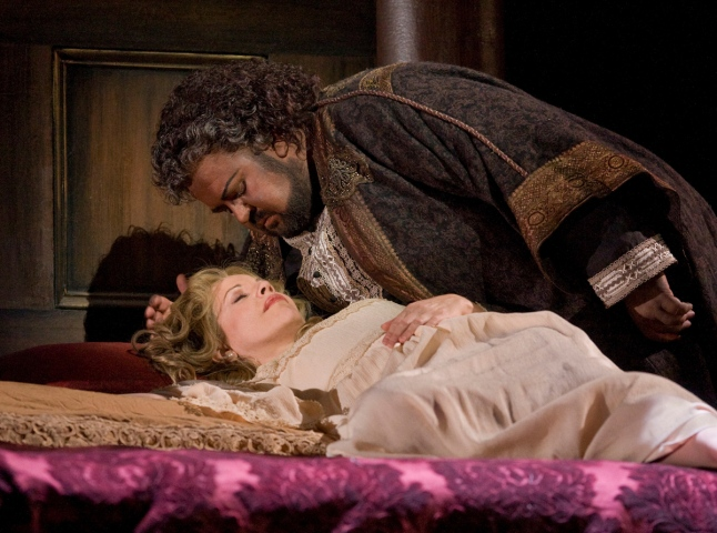 "Renée Fleming as Desdemona and Johan Botha in the title role of Verdi's ""Otello.""Photo: Ken Howard/Metropolitan Opera"