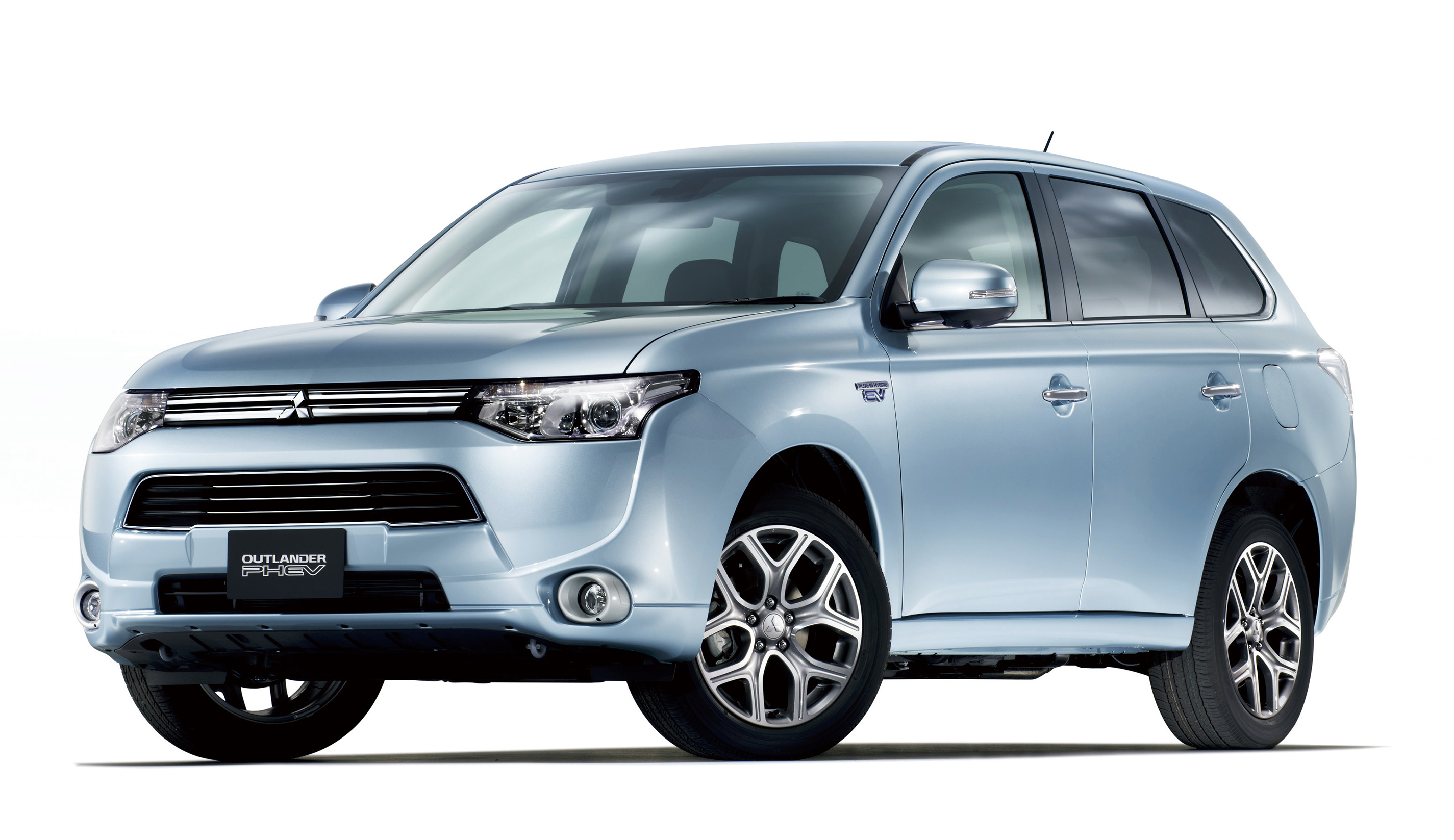 Mitsubishi Motors North America, Inc. Showcases The Upcoming  Energy Efficient And Eco Friendly New Outlander PHEV (plug In Hybrid  Electric Vehicle) ...