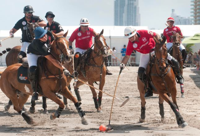 Merchant Hub vs La Martina in Matchplay on Saturday, April 27th, at the LA MARTINA MIAMI BEACH POLO WORLD CUP