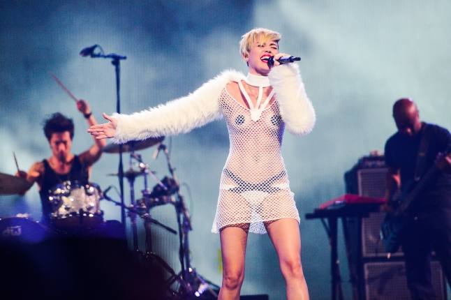 Miley Cyrus performs onstage during the iHeartRadio Music Festival at the MGM Grand Garden Arena on September 21, 2013 in Las Vegas, Nevada. (Photo by Todd Owyoung/Getty Images for Clear Channel)