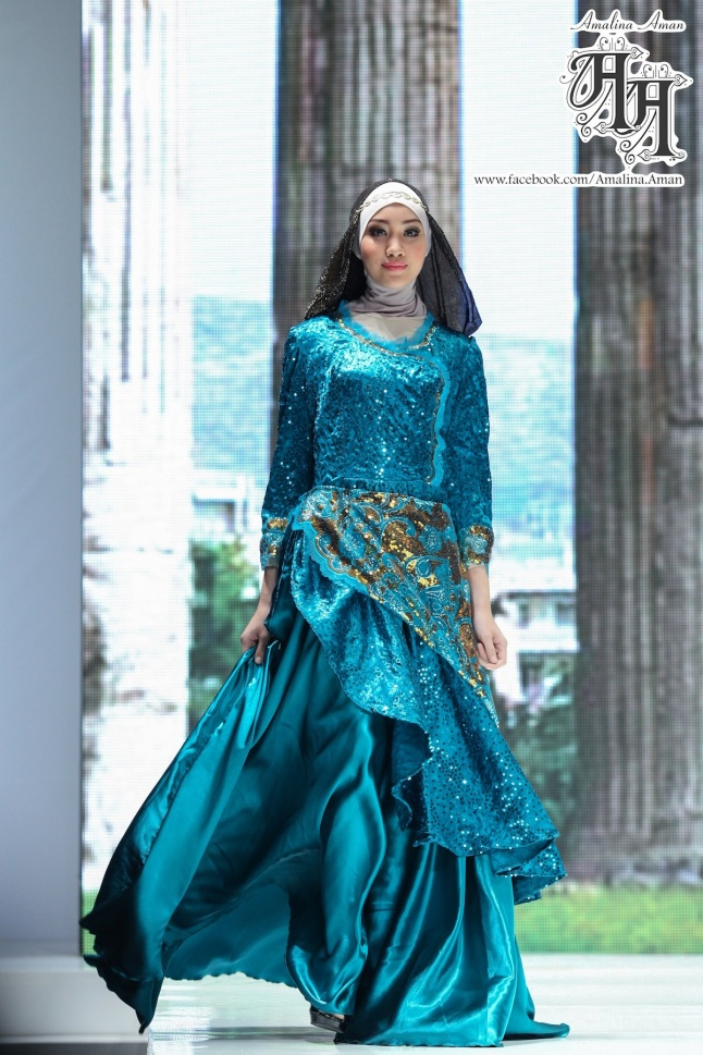 Amalina Aman blue dress