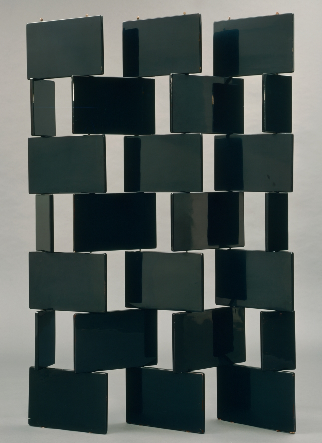 Eileen Gray (British, born Ireland. 1879–1976). Screen. 1922. Lacquered wood and metal rods, 74 1/2 x 53 1/2 x 3/4″ (189.2 x 135.9 x 1.9 cm). Mfr.: Eileen Gray Workshop, Paris. The Museum of Modern Art, New York. Hector Guimard Fund