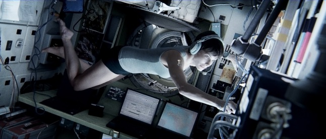 The American Airlines Gala is Alfonso Cuarón's 3D sci-fi thriller GRAVITY starring Sandra Bullock and George Clooney.