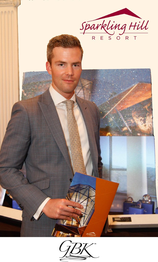 """""""Ryan Serhant visits GBK and Sparkling Hill Resort Luxury Lounge at NYFW."""