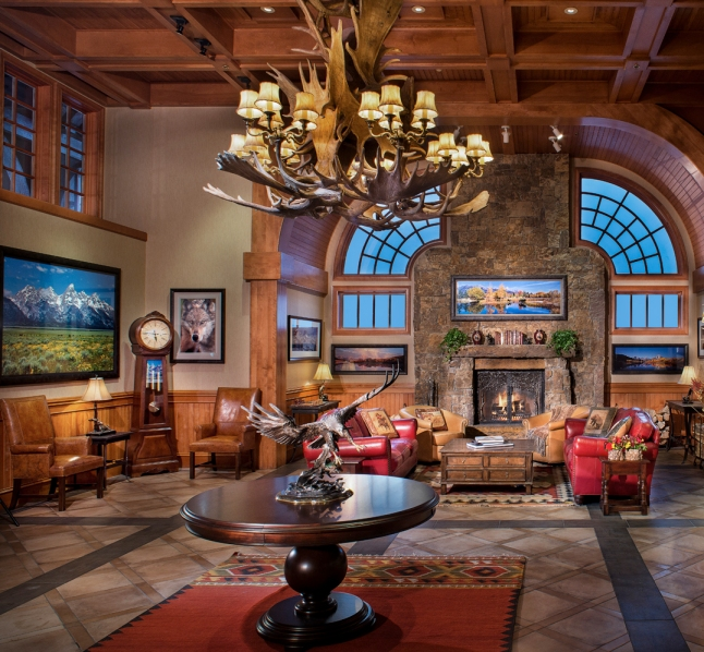 The lobby of the newly renovated Wyoming Inn © Kevin Syms