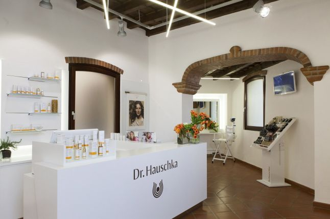 Top Location in Milan - Dr. Hauschka Flagship Store Opens its Doors. The new Dr. Hauschka Flagship Store in Milan, Italy. (Courtesy of WALA Heilmittel GmbH & photo grapher Tommaso RIva)