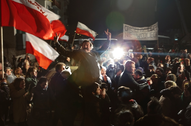 Andrzej Wajda's biopic of dockworker, Solidarity founder, and eventual Polish president WAŁĘSA. MAN OF HOPE