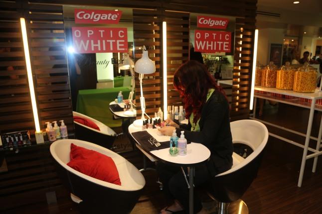 The Colgate Optic White Beauty Bar at Salon Ziba on September 9, 2013 in New York City.