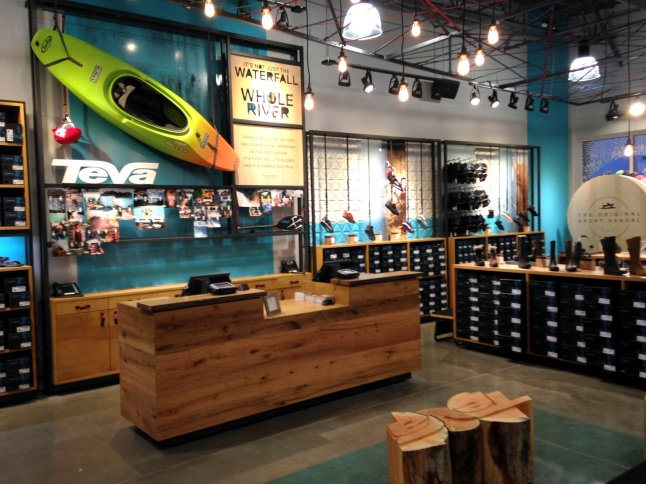 Adventure lifestyle brand, Teva, opens new retail store location Oct. 3rd at Orlando Premium Outlets in Orlando, FL.  (PRNewsFoto/Teva)