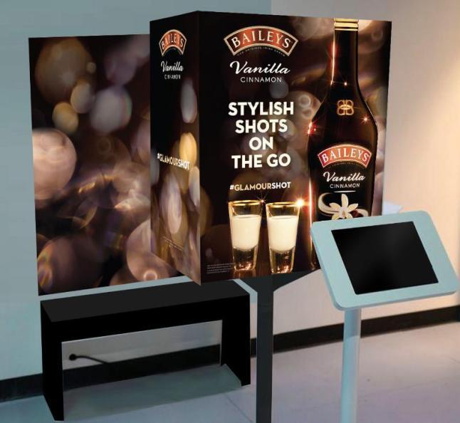 Baileys(R) Vanilla Cinnamon Irish Cream Launches Stylish Shots On The Go Pop-Up Photo Booths. (PRNewsFoto/Baileys(R) Vanilla Cinnamon Irish Cream)