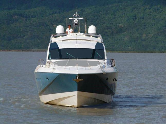 Cheoy Lee's Alpha Series Express Yacht. (PRNewsFoto/Cheoy Lee Shipyard)