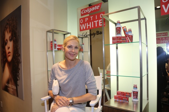 Kelly Rutherford at the The Colgate Optic White Beauty Bar at Salon Ziba on September 9, 2013 in New York City.