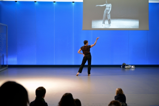 Musée de la danse. 20 Dancers for the XX Century. Dancer: Magali Caillet-Gajan. Film: Watermotor. Choreography and interpretation: Trisha Brown. Film by Babette Mangolte. 1978. Les Champs Libres Rennes (FR). 2012. Photo: Nyima Leray