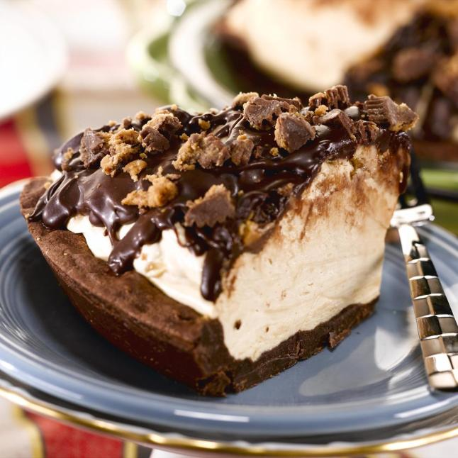 Peanut Butter Cup Icebox Pie