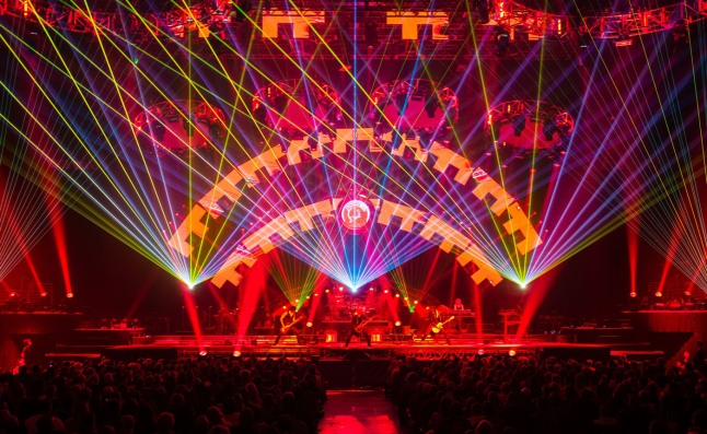 Trans-Siberian Orchestra and Ticketmaster Give the Holiday Gift that Rocks. (PRNewsFoto/Live Nation)