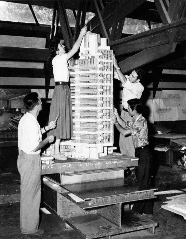 """Model of the H.C. Price Company Tower under construction by Taliesin Fellows. n.d. Photograph, 7 3/4 x 9 1/2"""" (19.7 x 24.1 cm). The Frank Lloyd Wright Foundation Archives (The Museum of Modern Art 