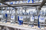 Absolut Originality_Production_Bottle on Conveyor Belt