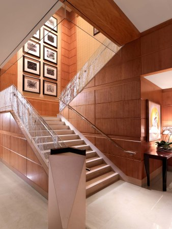 boston-lobby-stairway001