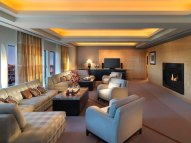 boston-suite-dynasty-suite-living-room001