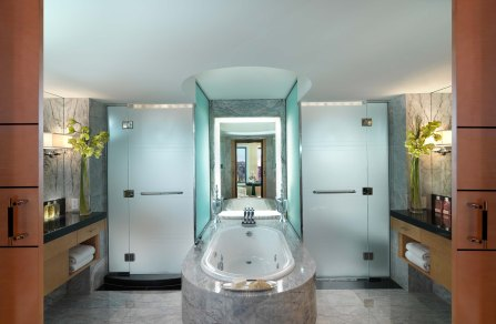 boston-suite-oriental-suite-bathroom001