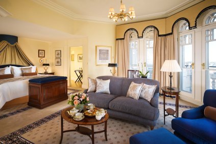 london-suite-knightsbridge-turret-suite0021