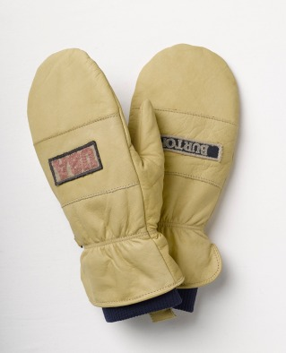 OLYMPIC COMPETITION MITT