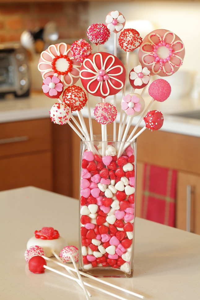 Entenmann's Sweet Valentine's Edible Bouquet