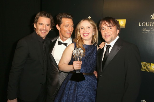 SANTA MONICA, CA - JANUARY 16:  Actor Matthew McConaughey (2nd from L) poses with actors-screenwriters Ethan Hawke, Julie Delpy and director-screenwriter Richard Linklater, winners of the Critics' Choice LOUIS XIII Genius Award during the 19th Annual Critics' Choice Movie Awards at Barker Hangar on January 16, 2014 in Santa Monica, California.  (Photo by Ari Perilstein/Getty Images for LOUIS XIII)