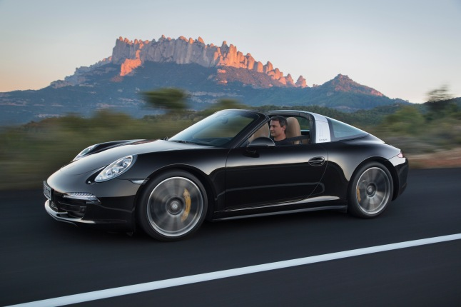 The new Porsche 911 Targa