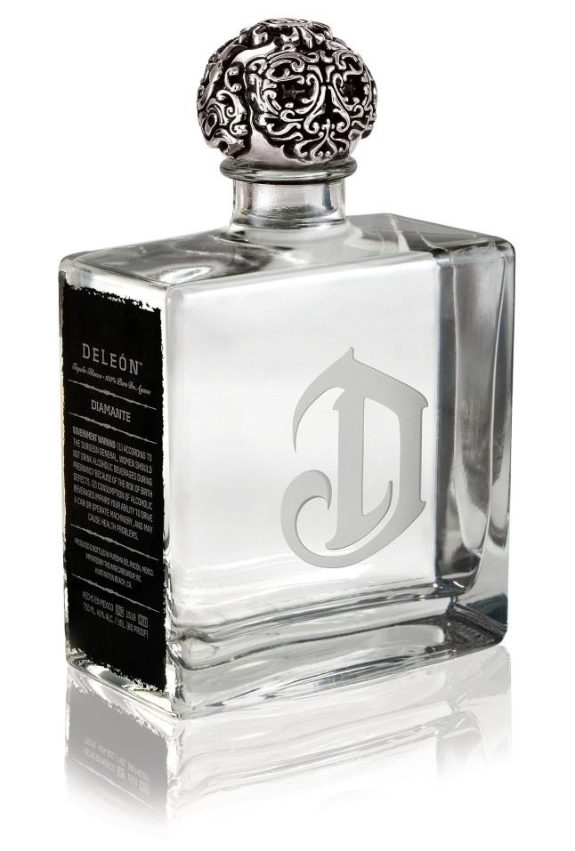 DeLeon Diamante: Un Blanco excepcionalmente elegante y sabroso.     (PRNewsFoto/Diageo)
