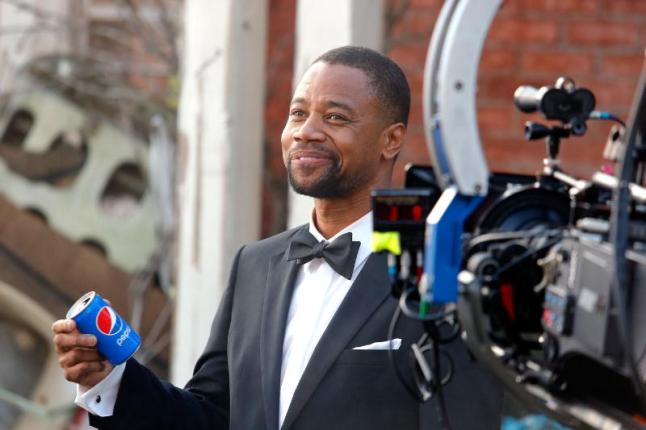"Academy Award winner Cuba Gooding Jr. on the set of the Pepsi ""Mini Hollywood"" ad shoot in Los Angeles. (PRNewsFoto/PepsiCo)"