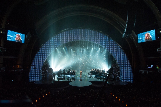 Adele performing on the 2013 Oscar stage designed by Derek McLane