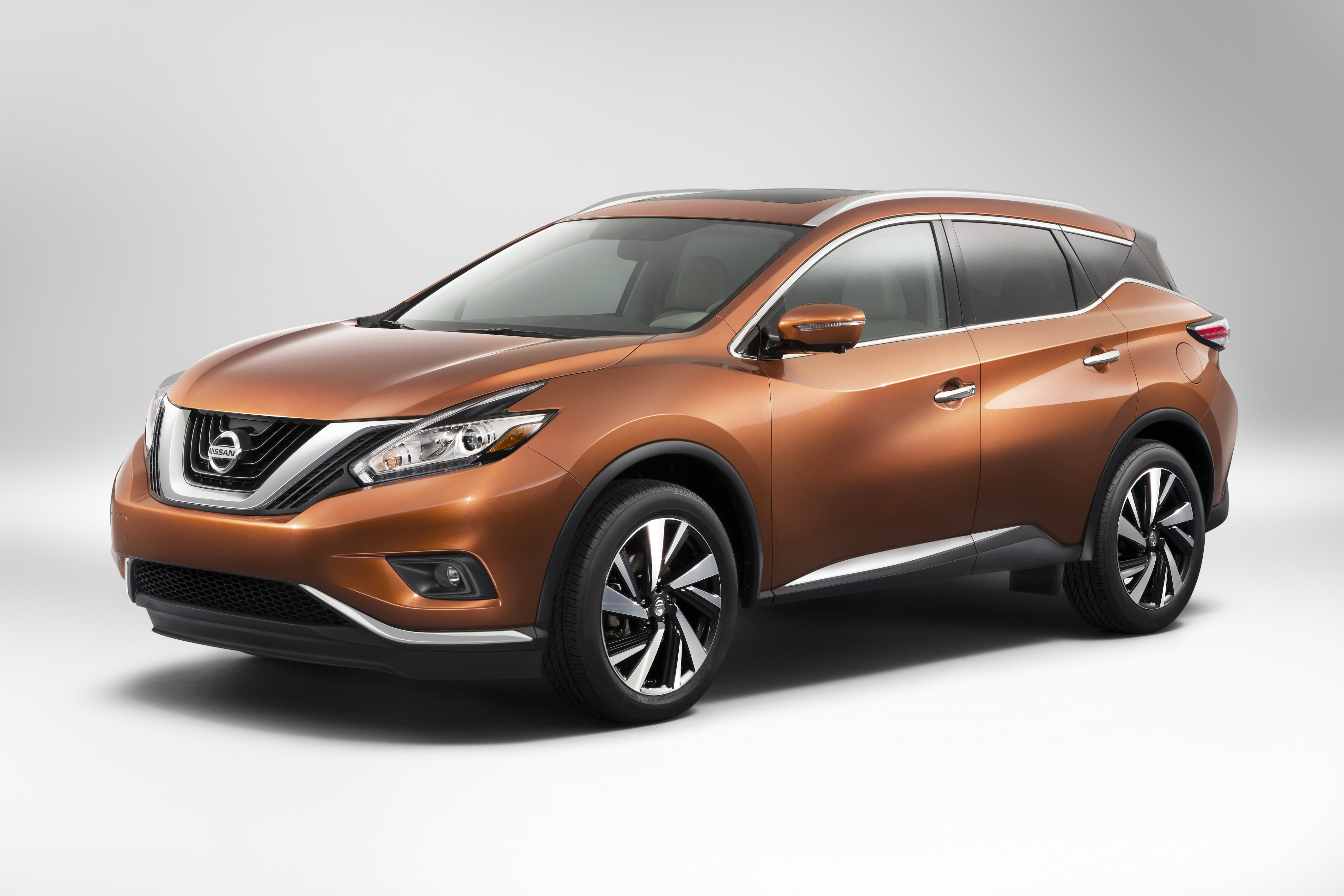 2015 Nissan Murano resets the standard in the midsize crossover segment with breakthrough design, premium interior and purposeful technology. Third generation of Nissan's popular flagship crossover symbolizes Nissan's design-led product and brand renaissance. Murano styling delivers bold Resonance Concept's refined intensity exterior and social lounge interior. Carries forward new Nissan design direction with V-Motion front end, boomerang lights, floating roof treatment and efficient aerodynamics. All-new Murano arrives in Nissan showrooms in late 2014.