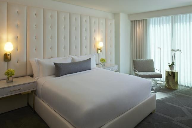 Delano Las Vegas - King Bedroom