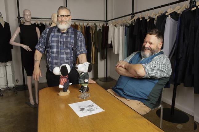 DESIGNERS JEFFREY COSTELLO AND ROBERT TAGLIAPIETRA CREATE LOOKS FOR SNOOPY AND HIS SISTER BELLE IN A NEW EXHIBIT AT THE NEW MUSEUM'S SKY ROOM THIS NEW YORK CITY FASHION WEEK. (PRNewsFoto/Peanuts Worldwide)