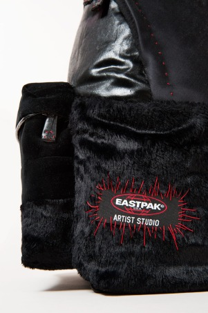 Sybilla-x-Eastpak-for-Designers-Against-Aids_fy6