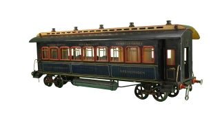 Gebruder Bing 4-gauge dining car, 1900-1906. New-York Historical Society, The Jerni Collection.
