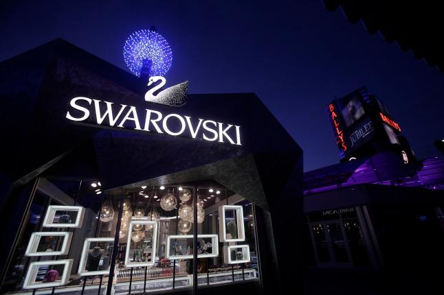 World's First Swarovski Starburst Light Show Spectacular Debuts On Las Vegas Strip. Swarovski Midnight Exterior Shot of the new Swarovski Boutiqe at the New Grand Bazaar Shops at Bally's Las Vegas.
