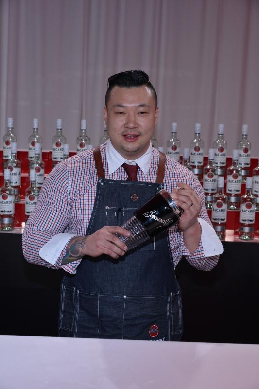 Ran Duan, Winner of the 2015 USBG National Legacy Cocktail Showcase Sponsored by BACARDI (PRNewsFoto/Bacardi U.S.A., Inc.)
