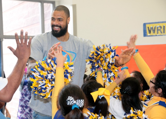 DALLAS, TX - MARCH 30:  Elementary school students getting active with UNICEF Ambassador Tyson Chandler at an event celebrating UNICEF Kid Power at Esperanza Hope Medrano Elementary School on March 30, 2015 in Dallas, Texas.  (Photo by Peter Larsen/Getty Images for UNICEF)