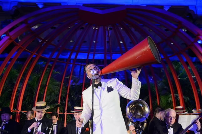 Michael Arenella and his Dreamland Orchestra entertain guests in the Bartos Forum. Photography Credit: Filip Wolak