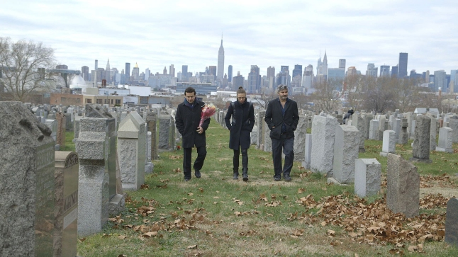 Onur Tukel, Trieste Kelly Dunn, & Max Casella in Applesauce Photographer: Jason Banker