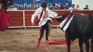 Antonio Barrera bullfighting in Leon, Mexico, 2011. Photographer: Oscar Hernandez