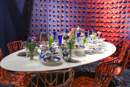 DIFFA's DINING BY DESIGN table viewing at Pier 92 at the Architectural Digest Home Design Show 2014: Knoll with HOK